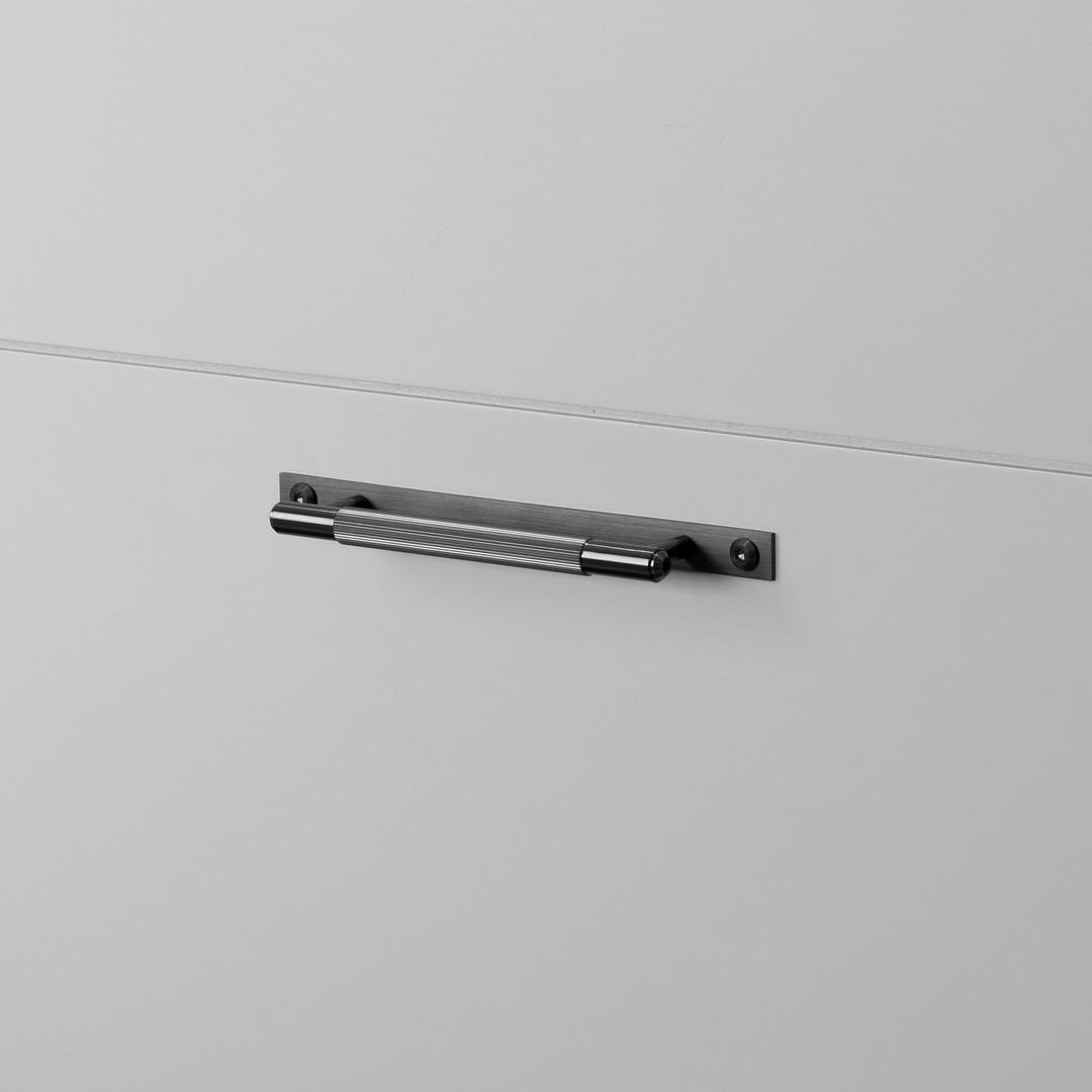 PULL BAR / PLATE / LINEAR / GUN METAL / SMALL