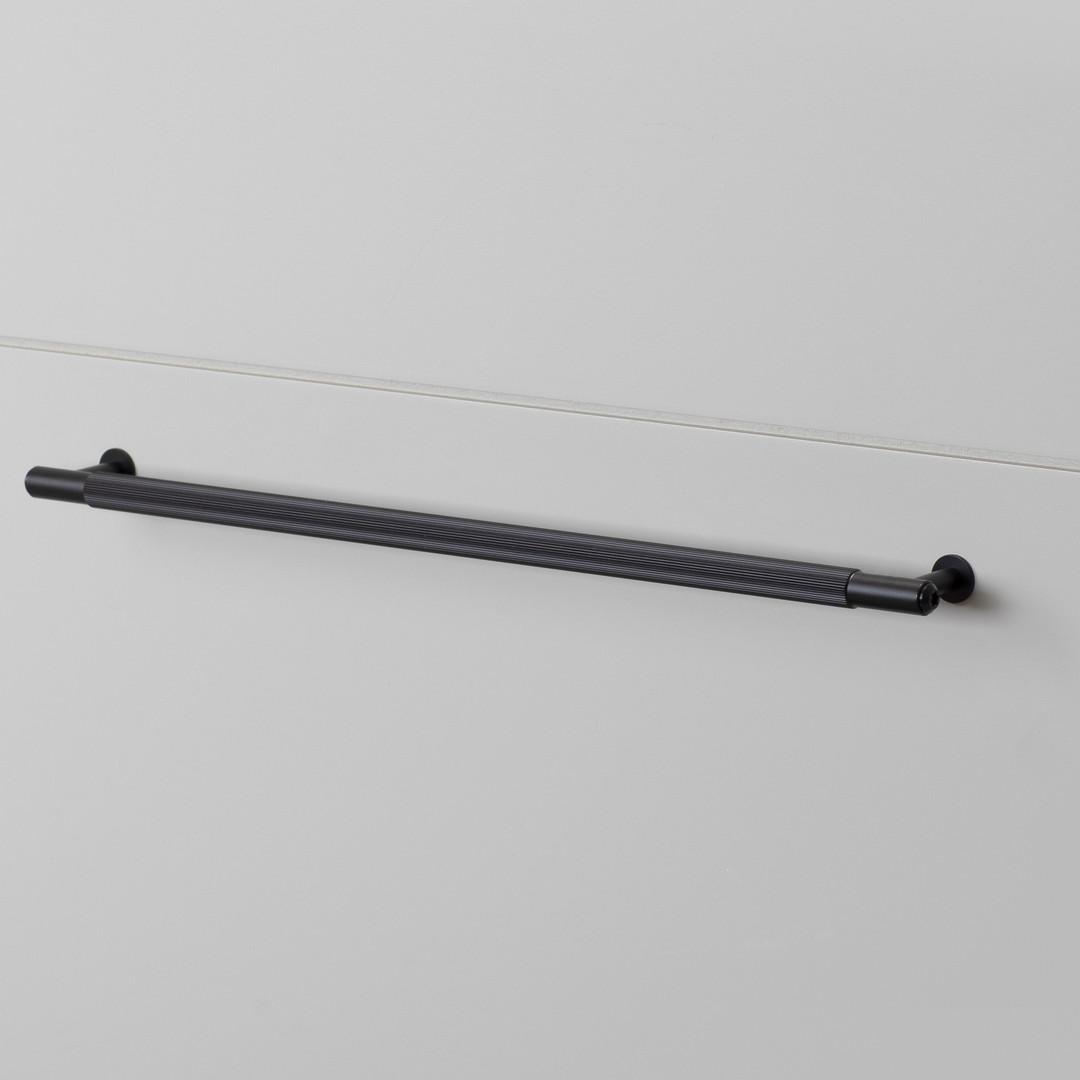 PULL BAR / LINEAR / BLACK / LARGE