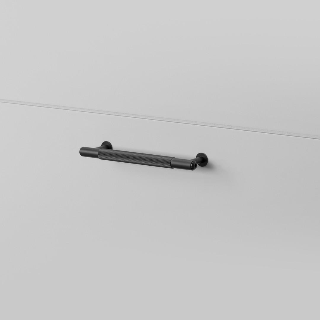PULL BAR / LINEAR / BLACK / SMALL