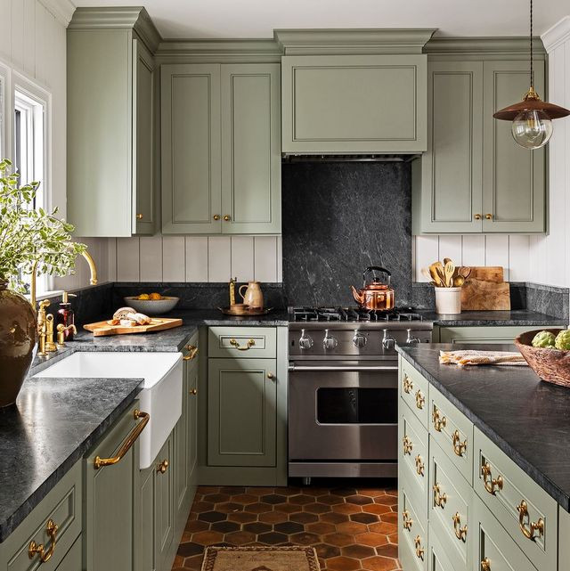 green-kitchen-cabinets-terra-cotta-15822