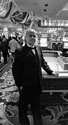 Leo Kamen - LK.Vegas1.B&W.jpg