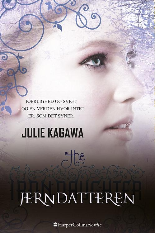 Julie Kagawa, Jerndatteren