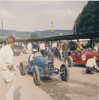 1. frank wall bugatti 35B.jpg