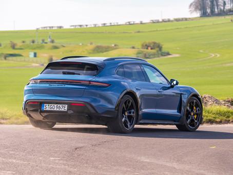 Which is the best Porsche Taycan?
