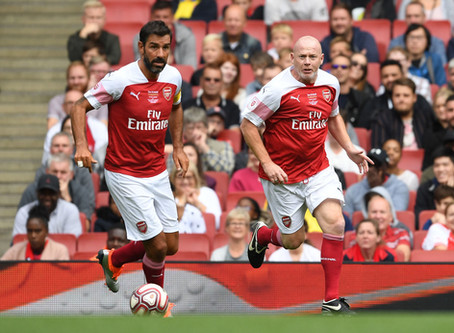 ROBERT PIRES AT THE ARSENAL VS REAL MADRID LEGENDS MATCH