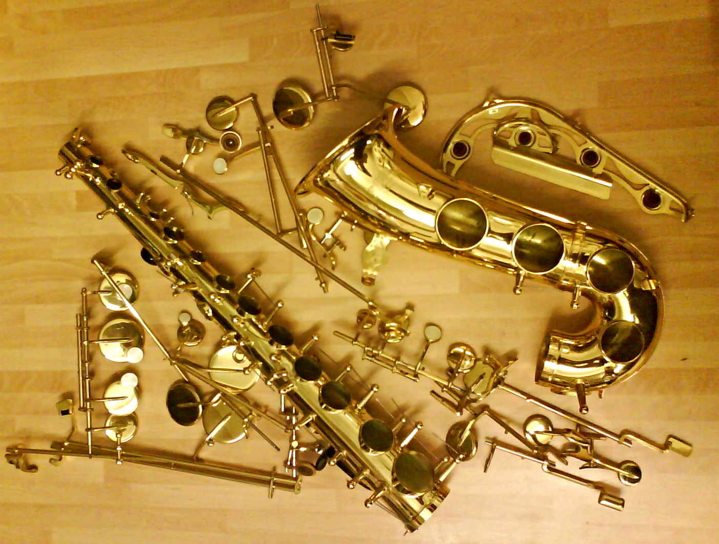 Saxophone Deconstruction