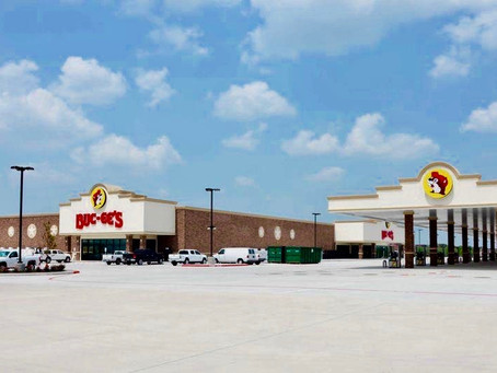 An Iowan Reviews Texas Buc-ee's