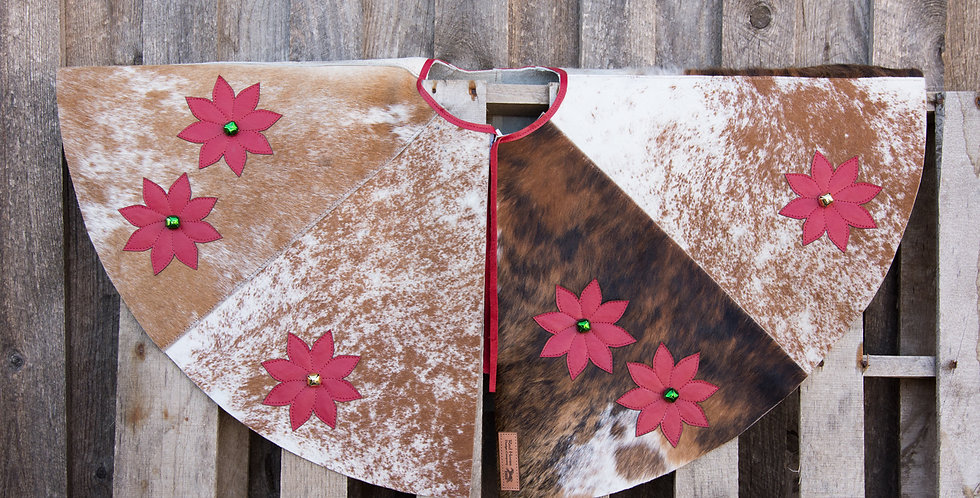 Red Horse Design Company: Christmas Tree Skirt #10 Poinsettia