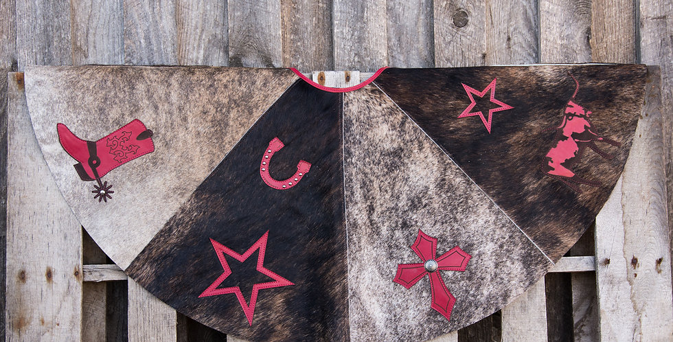 Red Horse Design Company: Christmas Tree Skirt #11