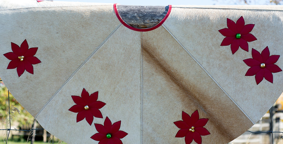 Red Horse Design Company: Christmas Tree Skirt 2 Poinsettia