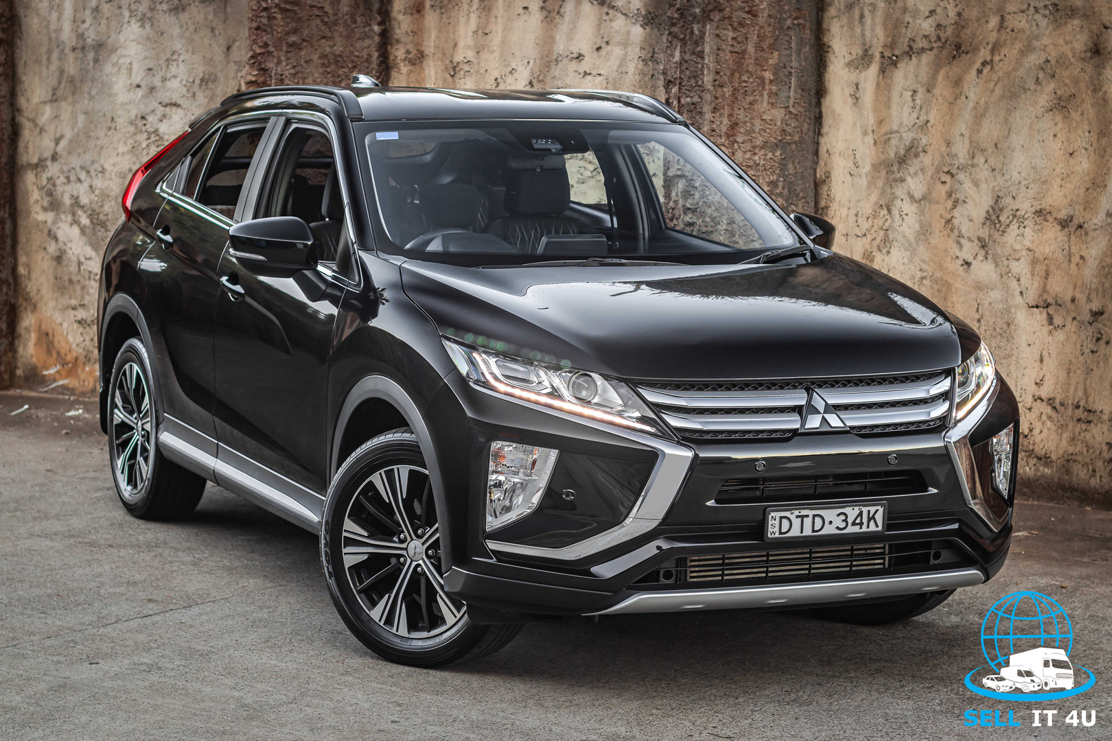 Eclipse Cross--2.jpg