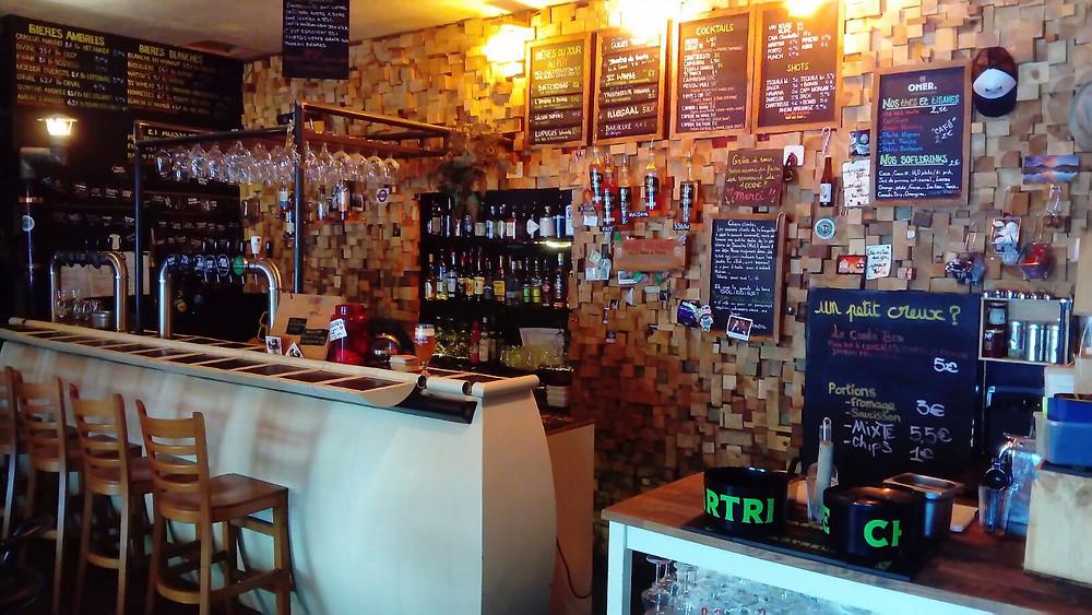 le bar l'Amère à Boire place Flagey