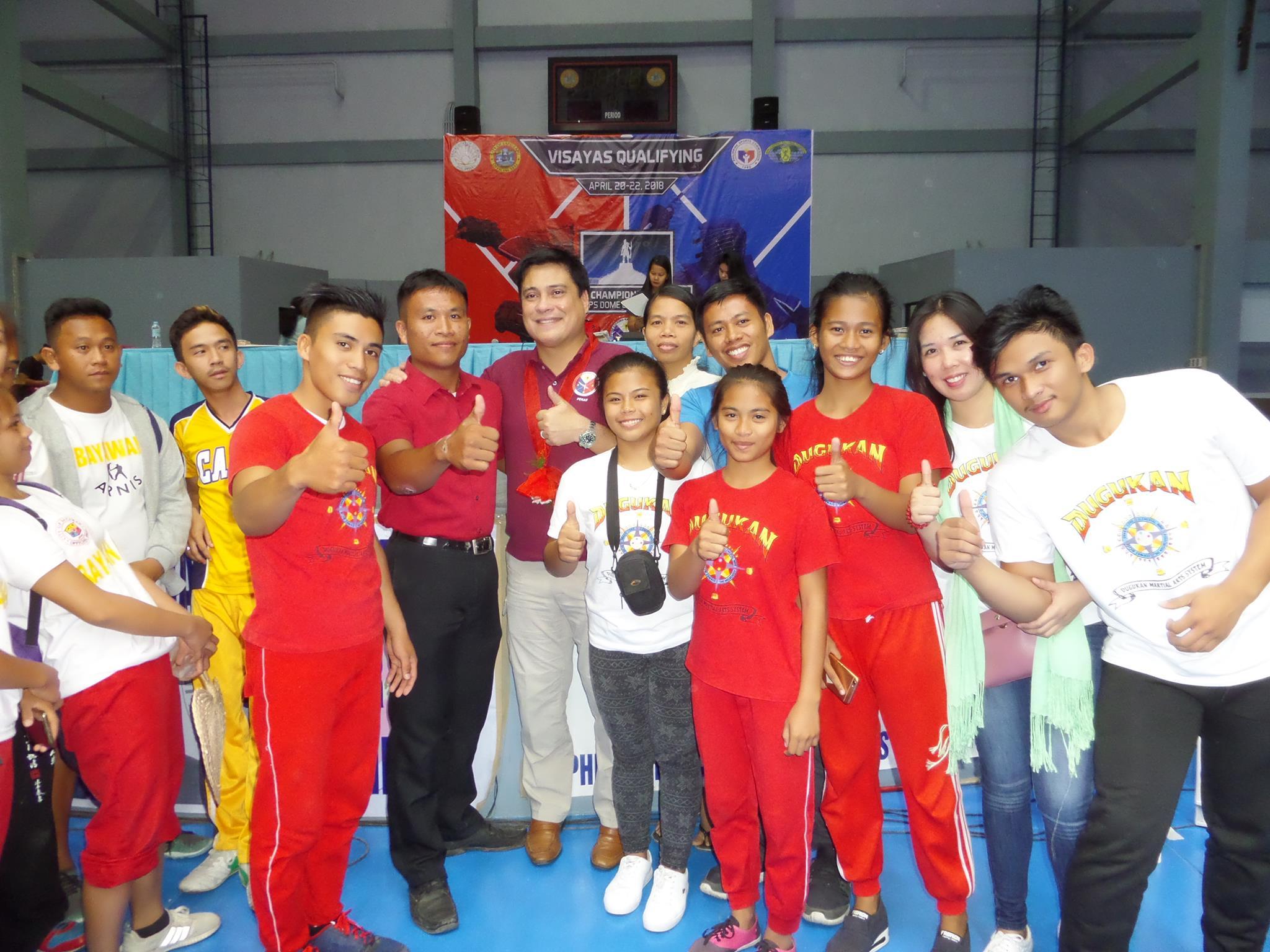 Dugukan Warriors with Senator Miguel Zub