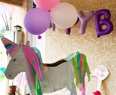Fabriquer sa piñata licorne - DIY facile et rapide