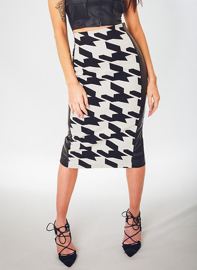 Macro Houndstooth Skirt