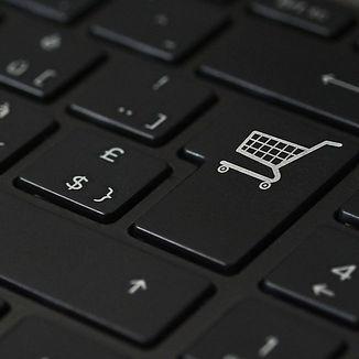 ecommerce-3546296_1920-pixabay_edited.jpg