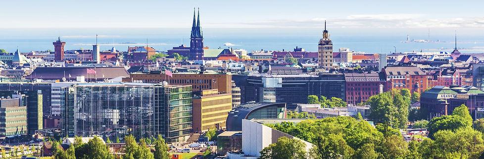 Helsinki%20Skyline%20(park%20view)_edite