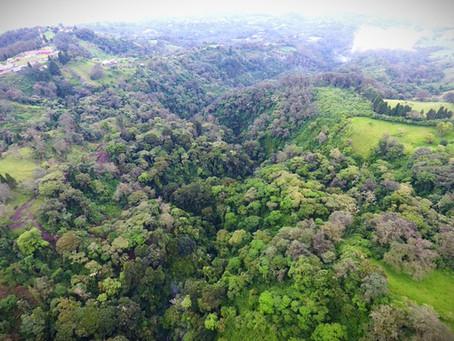 Intel firma su primer proyecto de restauración de agua en América Latina con FUNDECOR