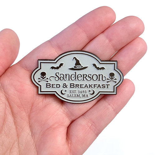 Sanderson B&B Pin (Glow in the Dark)