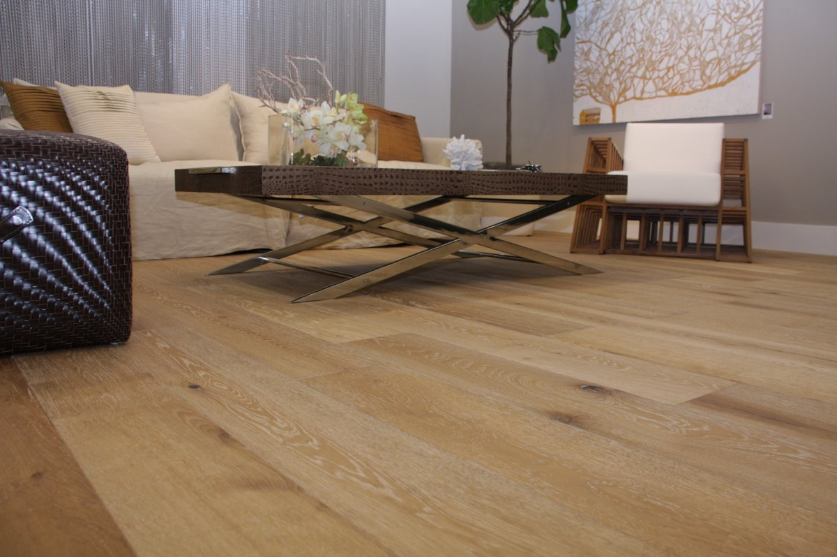 Cochrane Floors - Villa Natural Oak