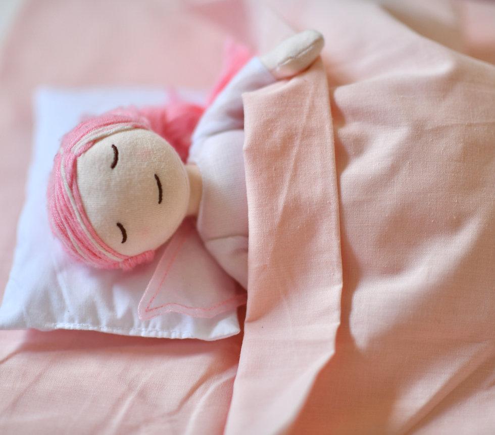 Fairy Elle asleep sleeping fairy