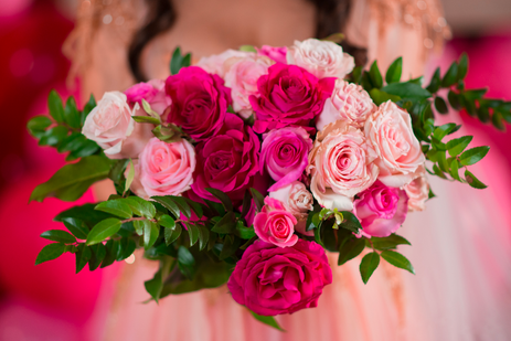 Bright pink and red bouquet