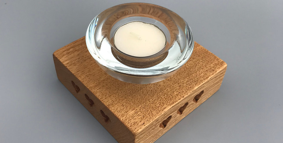 Small heart tea light holder