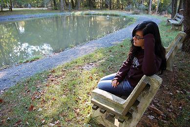 Girl thinking-1358732-639x424.jpg