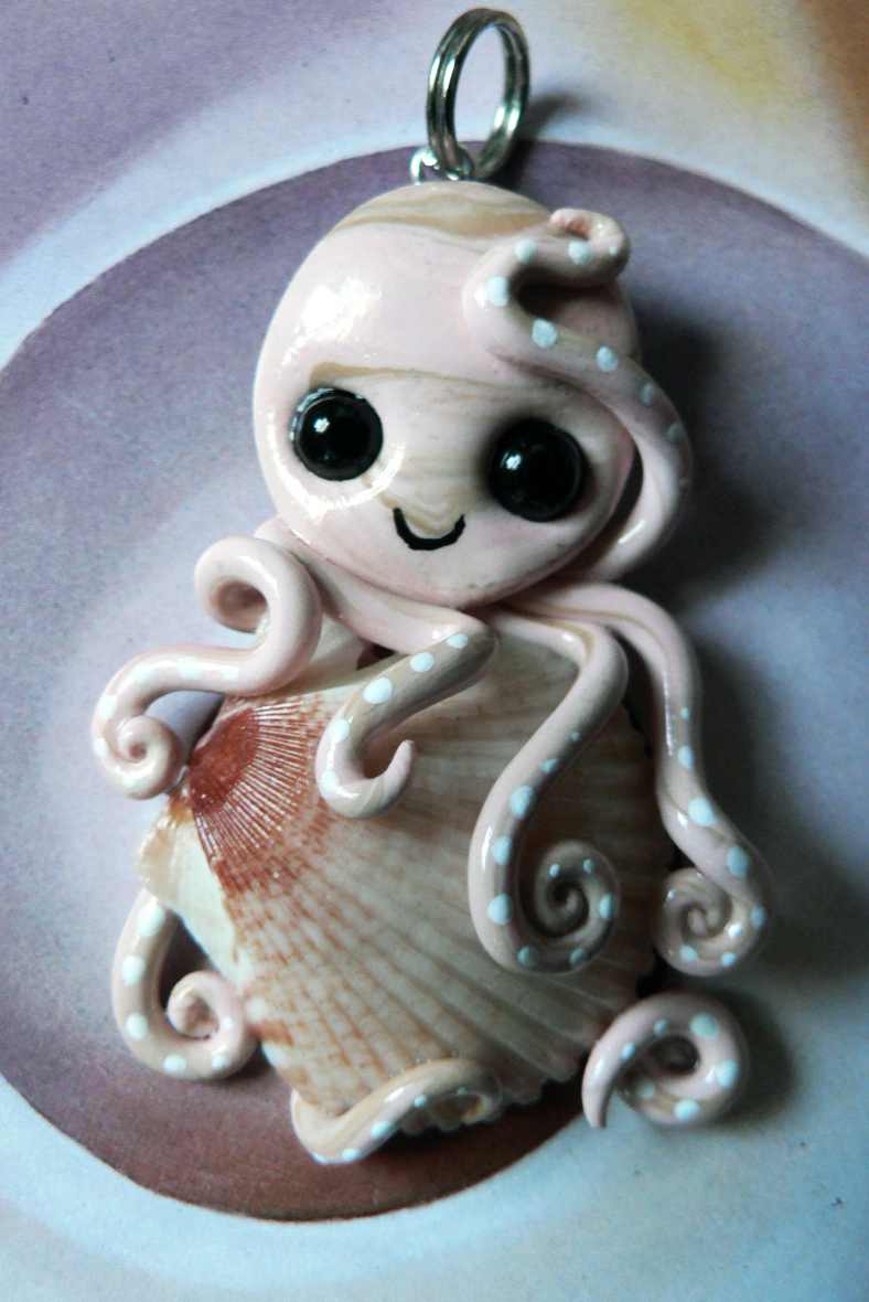 pink_scallop_octopus_necklace_by_blackmagdalena-d4o0xec