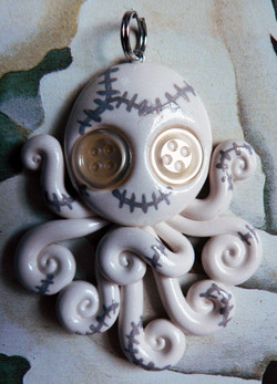 white_stitchpunk_octopus_necklace_by_blackmagdalena-d4o12c2
