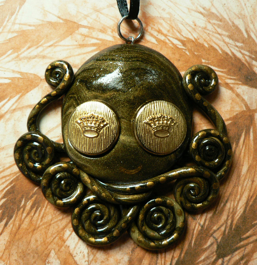 royal_eyes_octopus_necklace_by_blackmagdalena-d4hhj1h