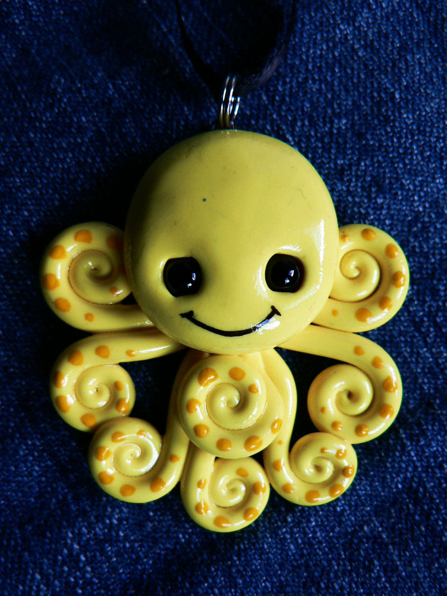 super_happy_octopus_by_blackmagdalena-d4dfeuv