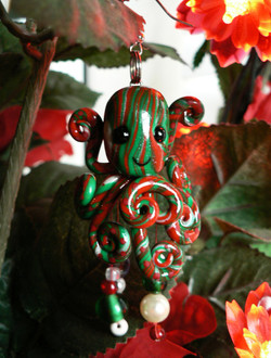 holiday_ornament_octopus_by_blackmagdalena-d4ics9t