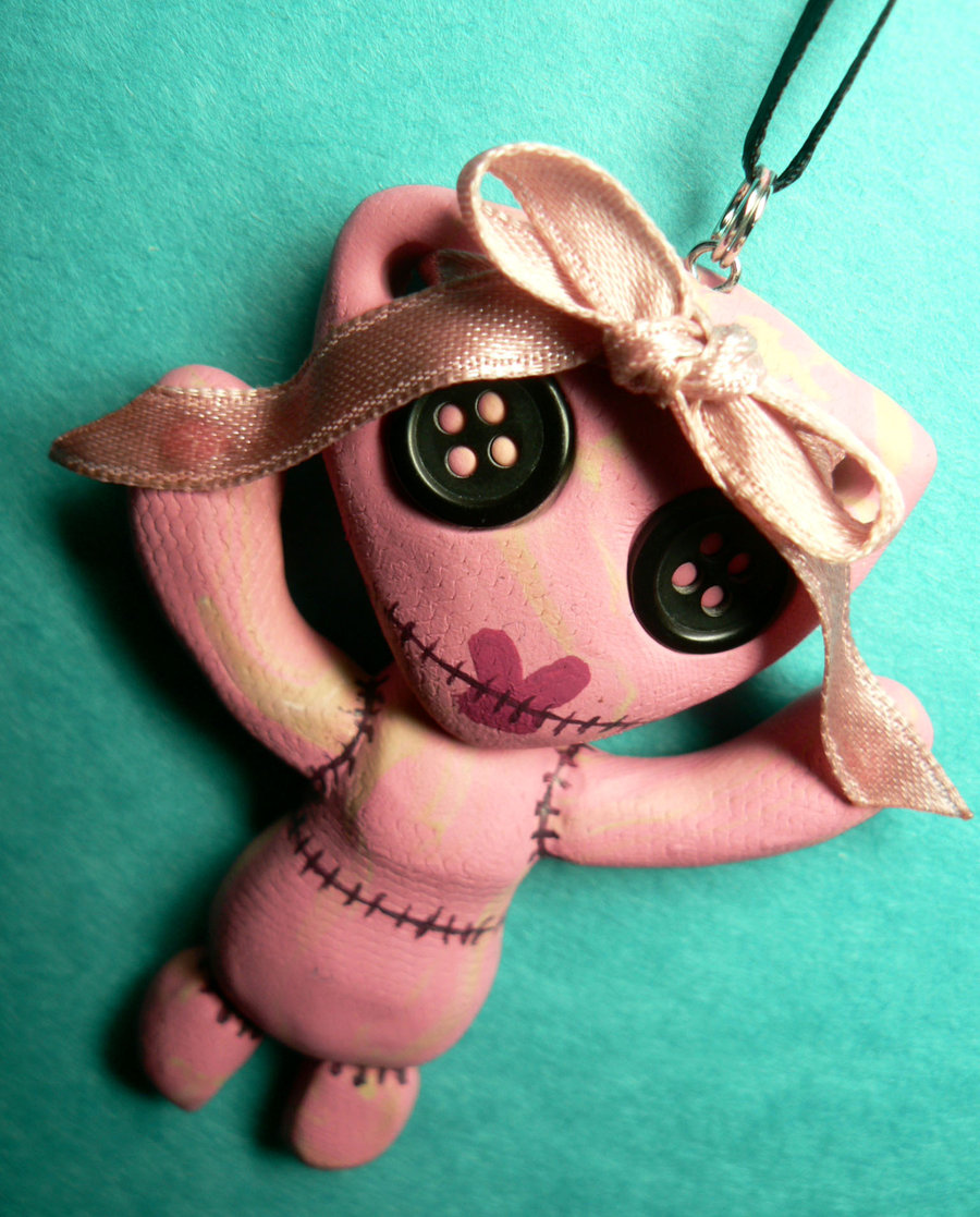 stitchpunk_girly_necklace_by_blackmagdalena