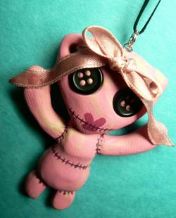 stitchpunk_girly_necklace_by_blackmagdalena