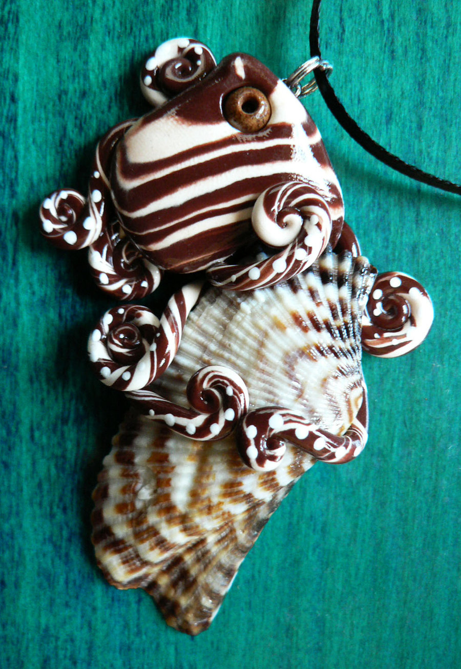 turkey_wing_octopus_necklace_by_blackmagdalena-d4f6vdd