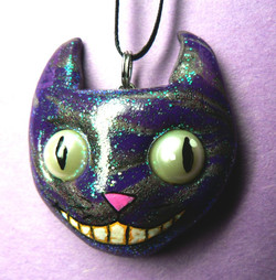 cheshire_cat_necklace_by_blackmagdalena