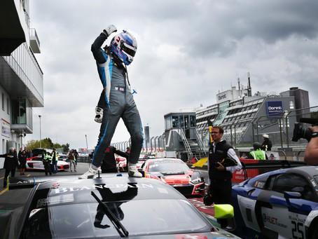 Ricky wins at Nurburgring!