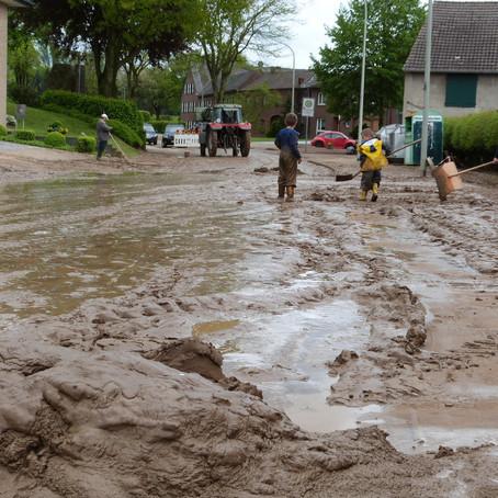 Unwetter beschert den Anwohnern viel Arbeit in Gillrath und Nierstraß