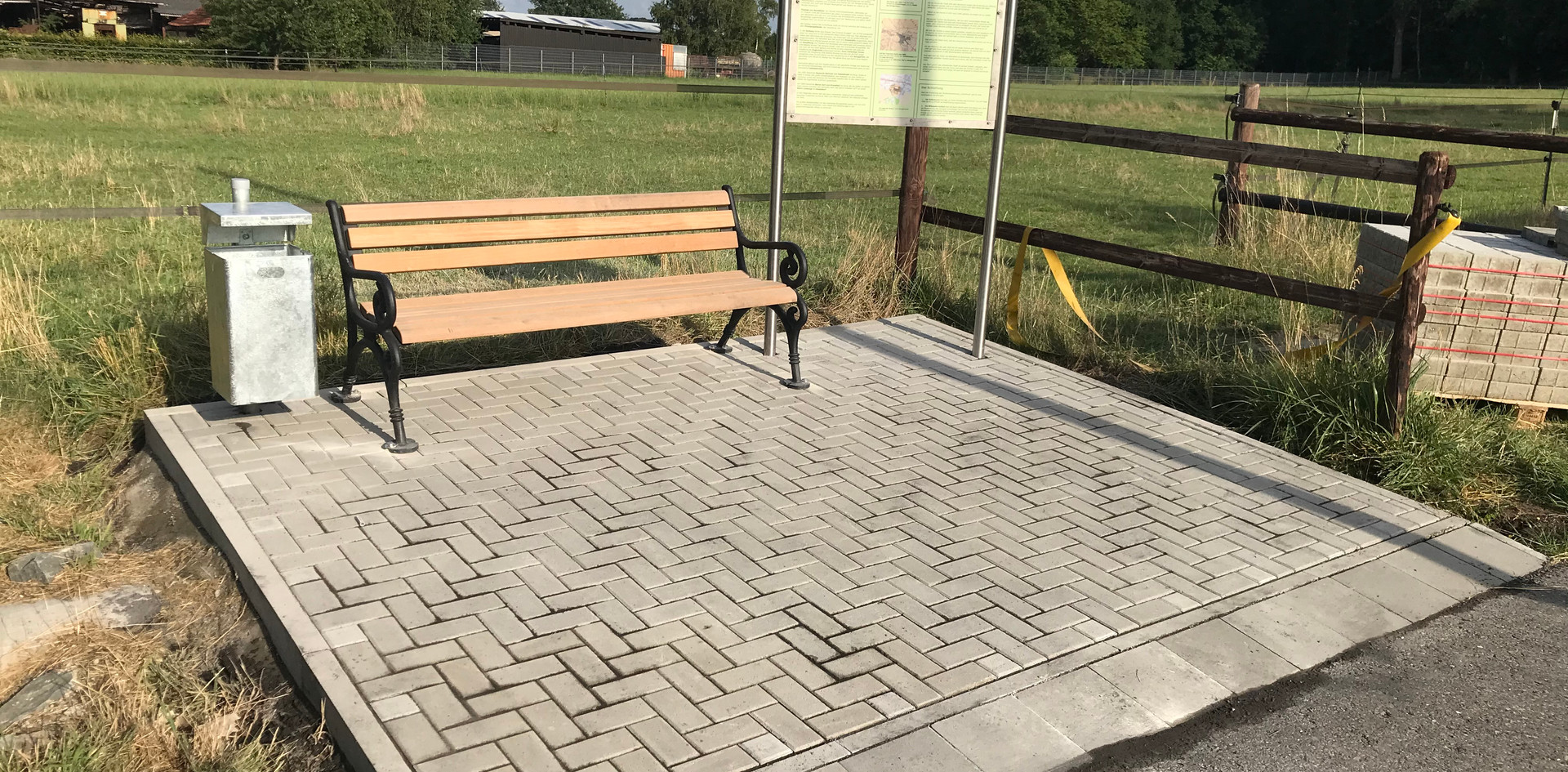 Burgplatz-3