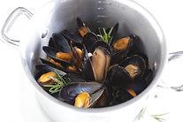 ムール貝のオレンジワイン蒸し.jpg