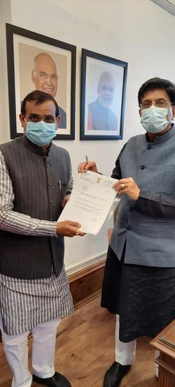 केंद्रीय रेल मंत्री श्री पियूष गोयल जी से मुलाकात