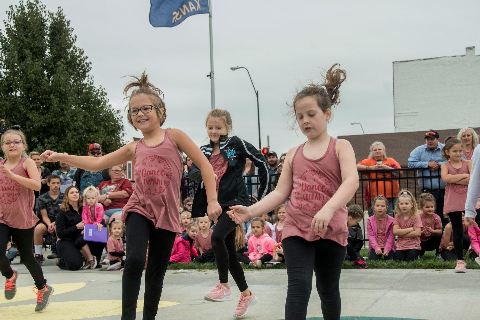 Fall Fest Dancers