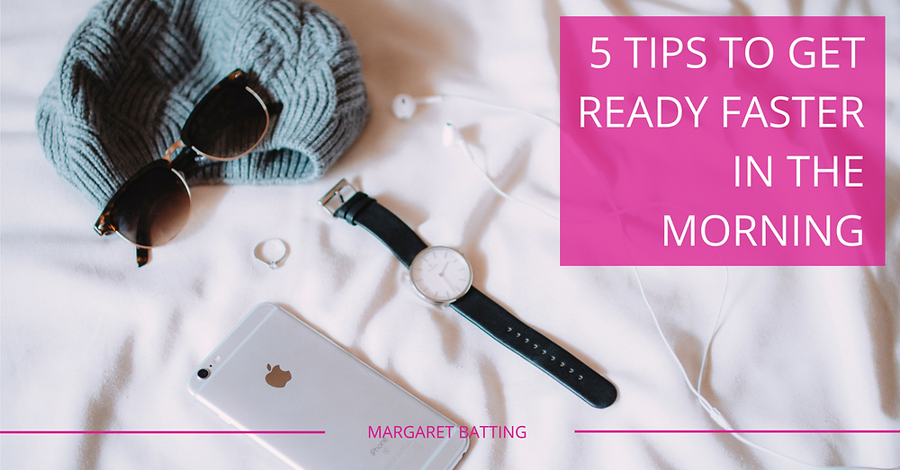 5 tips to great ready faster in the morning - clothes and accessories laid out