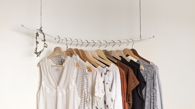 6 Tips to Transition Your Closet From Winter to Spring