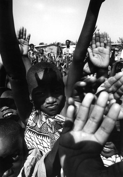 burundi_raisedhands.jpg