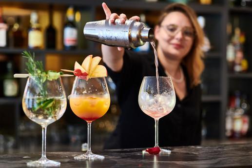 Le Lily's Bar