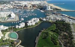 Apartamentos na Marina