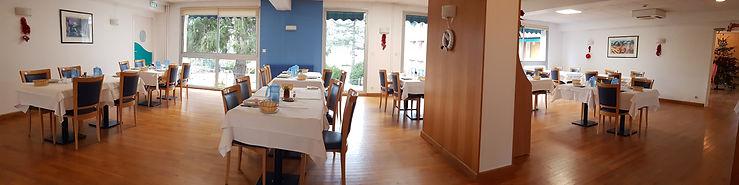 Salle à manger résidence autonomie des Salins de Bregille Franche-Comté