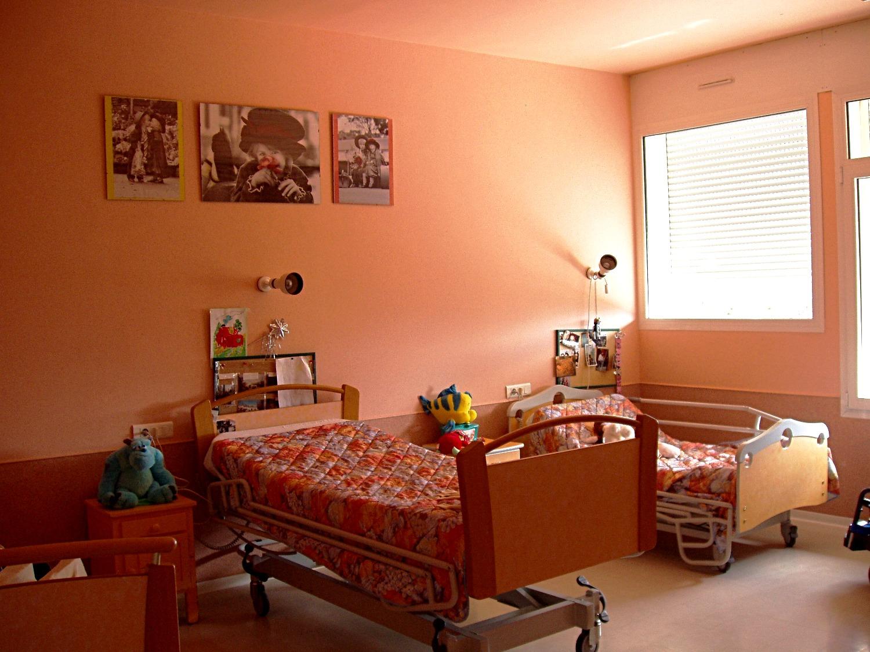 chambre enfant polyhandicapé
